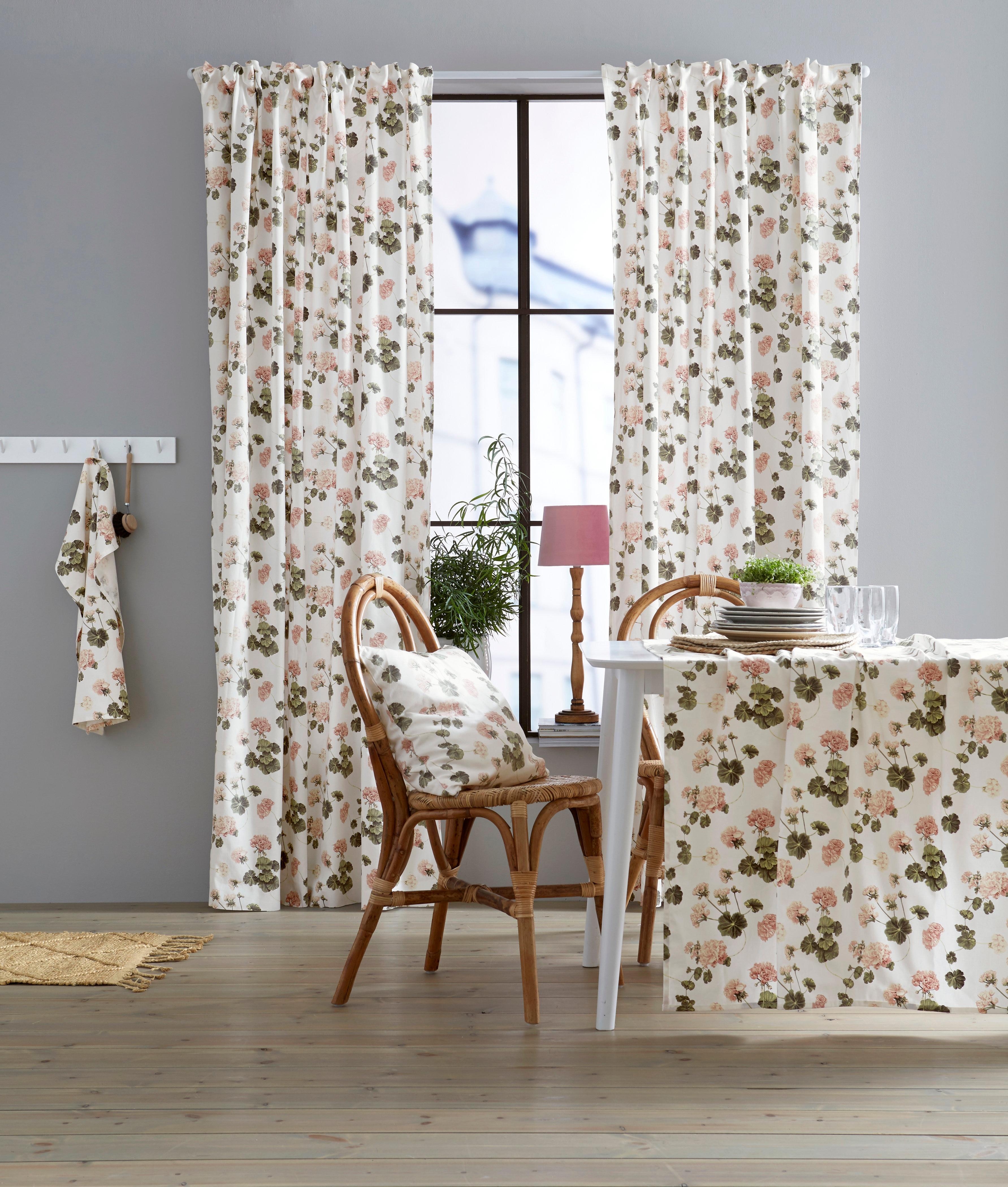 Virtuves dvielis ar pelargoniju rakstu kompl. 2 gabali
