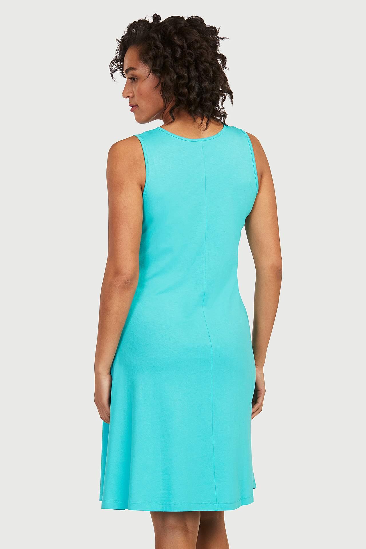 A silueta kleita no trikotāžas