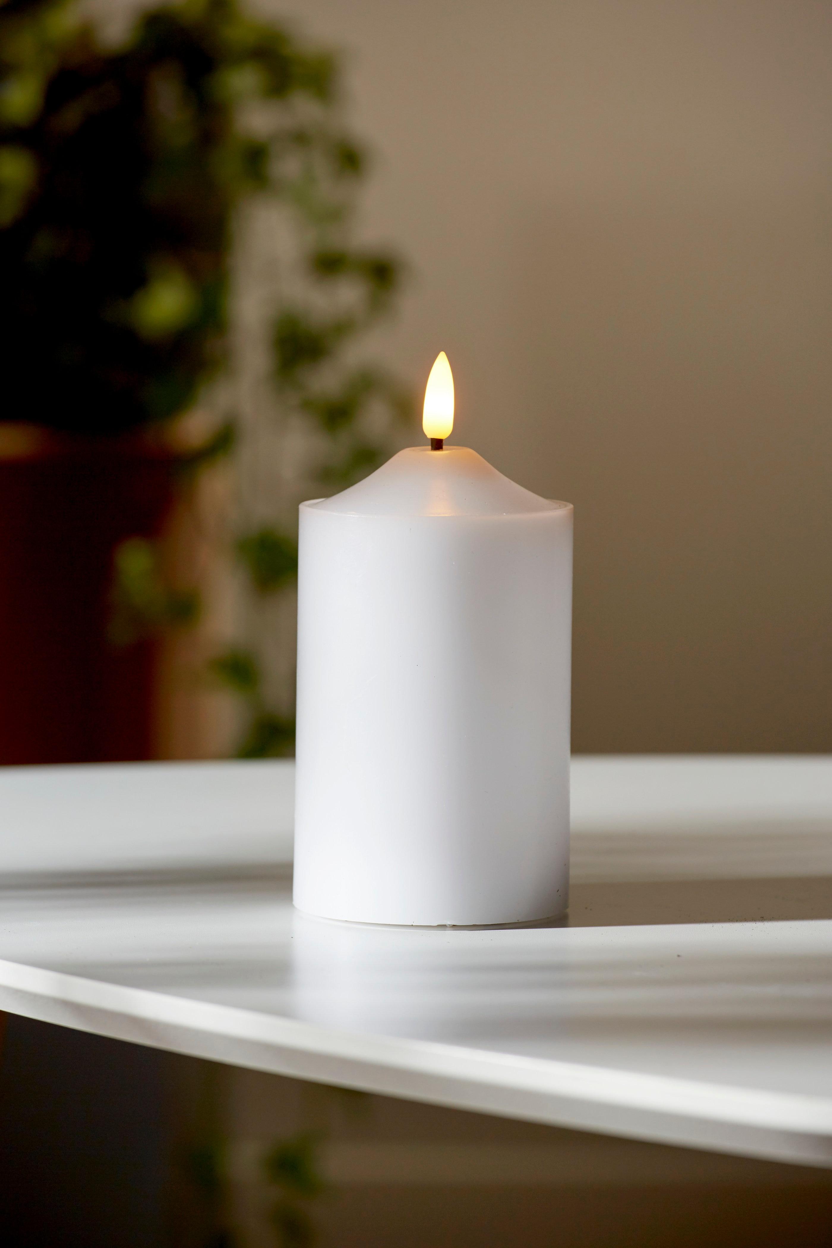 LED svece 12,5 cm Flamme